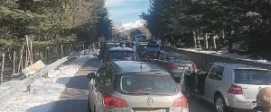 """Caos a Piano Battaglia, nel traffico anche il vescovo di Cefalù: """"Territorio penalizzato"""""""