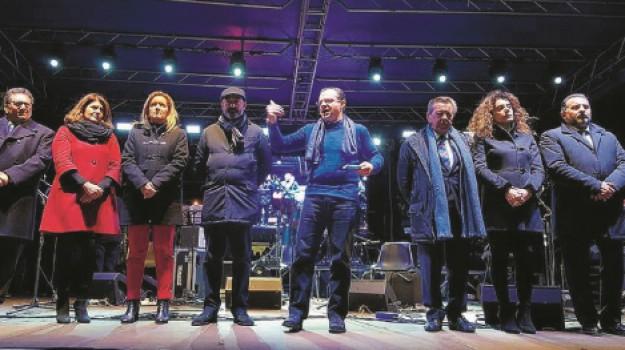 Comizio De Luca, Messina, Politica