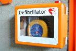 L'ex sindaco Accorinti dona 11 defibrillatori pagati con le indennità