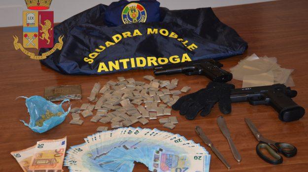 arresto migrante salemi, droga salemi, Trapani, Cronaca
