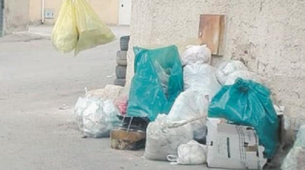 favara, rifiuti, Agrigento, Cronaca