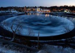 Nel Maine la lastra di 90 metri ruota su se stessa