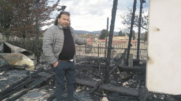 incendio villa ambrosini favara, Agrigento, Cronaca
