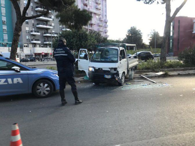 Incidente in viale Regione Siciliana 3c1c31068cd2
