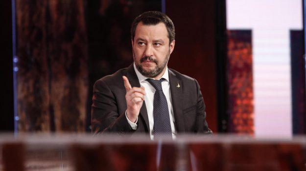 case chiuse, prostituzione, Matteo Salvini, Sicilia, Politica