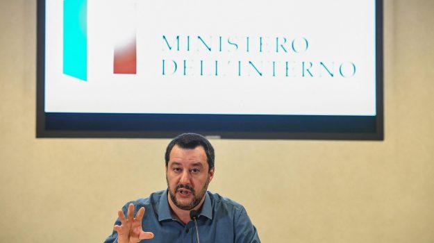 diciotti, migranti, Matteo Salvini, Sicilia, Politica