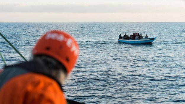 migranti, ong, Sea Eye, Sicilia, Mondo