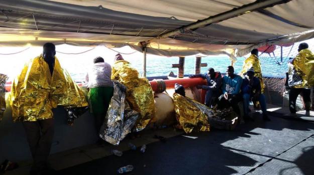 117 morti migranti, naufragio sote libiche, Sicilia, Cronaca
