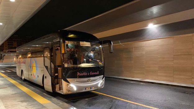 nuovo terminal bus palermo, pullman per aeroporto palermo, Palermo, Economia