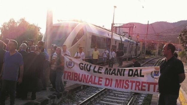 Stazione Camastra, Messina, Cronaca