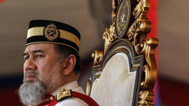 Re della Malaysia nozze, Sicilia, Mondo