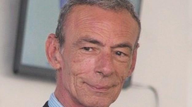 bilanci consorzi, Ezechia Paolo Reale, Siracusa, Politica