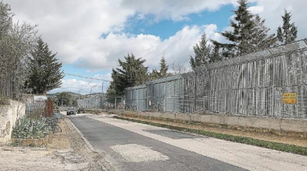 migrante travolto caltanissetta, Caltanissetta, Cronaca