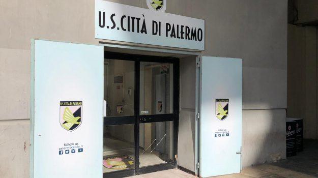 bando Palermo, iscrizione Palermo, palermo calcio, Palermo in serie D, Leoluca Orlando, Palermo, Calcio