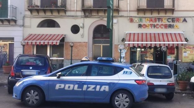 rapina bar palermo, rapina piazza scaffa, selfie rapina, Omar Methlouthi, Rosario Favarò, Salvatore Cocuzza, Salvatore Gandolfo, Palermo, Cronaca