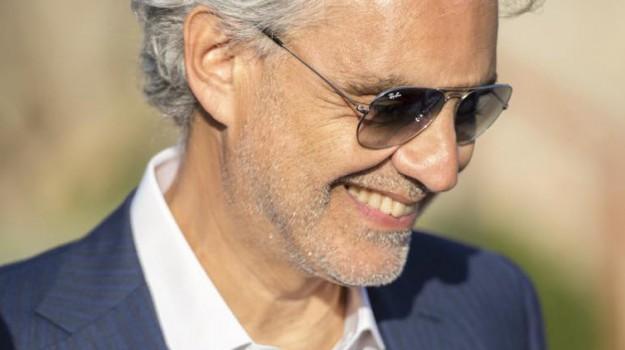 Che tempo che fa, tv, Andrea Bocelli, Sicilia, Società