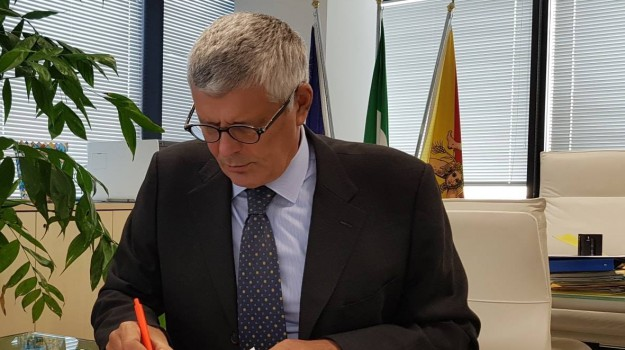 regione siciliana, rifiuti, Alberto Pierobon, Trapani, Economia