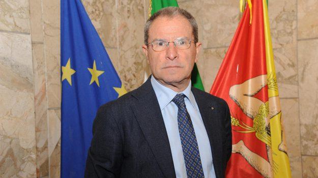 regione siciliana, Antonio Scavone, Sicilia, Economia