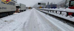 L'autostrada del Brennero chiusa per neve