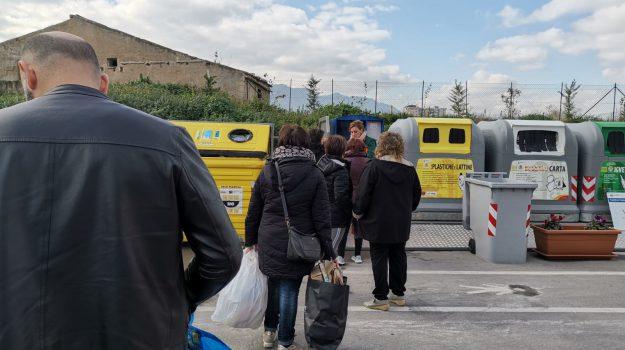 AUTOBUS, rifiuti palermo, Giuseppe Norata, Michele Cimino, Palermo, Cronaca
