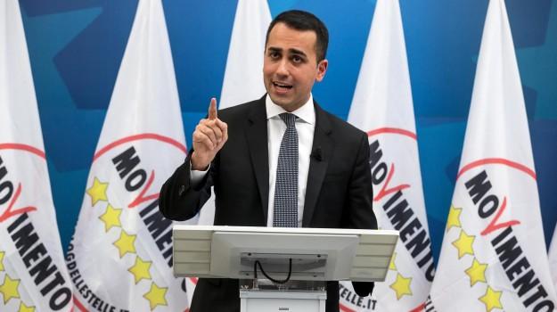 di maio leadership m5s, di maio m5s, di maio mandato consiglieri comunali, Luigi Di Maio, Sicilia, Politica