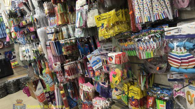 maschere carnevale contraffatte, prodotti contraffatti carnevale floridia, Siracusa, Cronaca