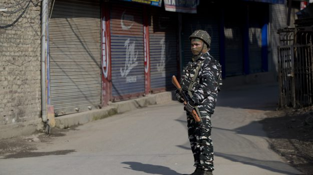 bombardamento, Kashmir, Pakistan, Sicilia, Mondo