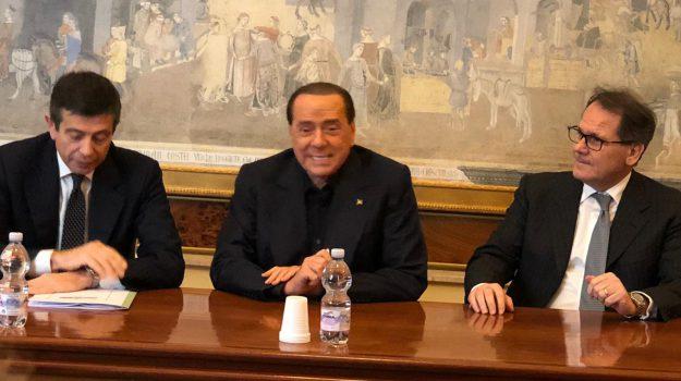 Romano candidato alle Europee, Saverio Romano, Sicilia, Politica