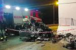 Milazzo, auto si schianta contro un muro: illese tre giovani