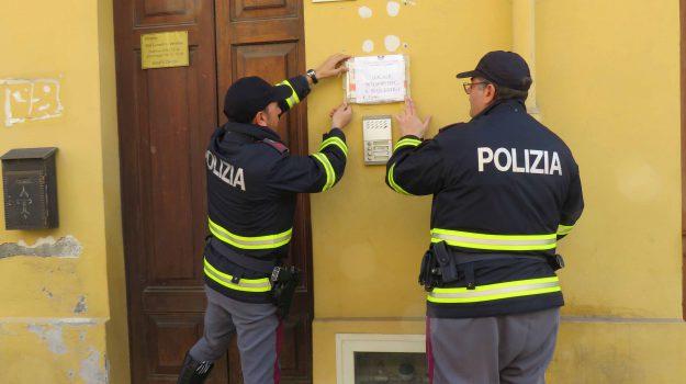 sequestro agenzia di assicurazioni barcellona pozzo di gotto, truffa assicurazioni auto barcellona pozzo di gotto, Messina, Cronaca