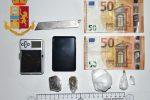 Calci e pugni per un debito di droga a Gela: arrestato
