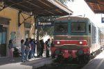 """Ragusa, i treni cambiano orario. Campo (M5S): """"Penalizzati i pendolari"""""""