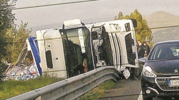 tir comitini incidente, Agrigento, Cronaca