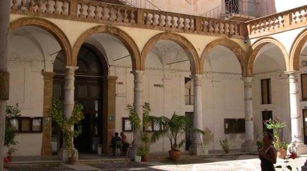 finestra scuola trapani, incidente liceo Ximenes, studentessa ferita Trapani, trapani, Davide Gallina, Trapani, Cronaca