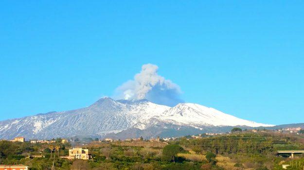 aeroporto di catania, eruzione etna, vulcano, Catania, Cronaca