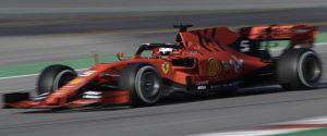 """F1, la Ferrari """"brilla"""" sul circuito di Montmelò: Vettel il più veloce"""