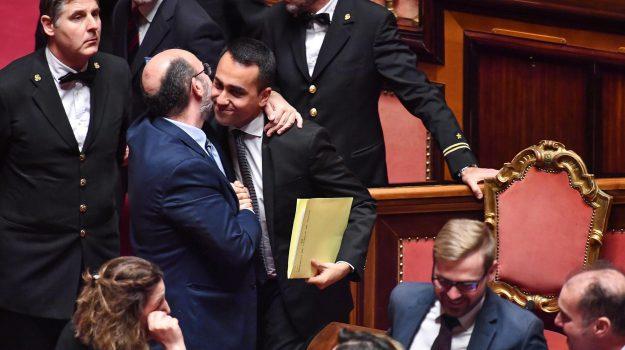 decretone, quota 100, reddito di cittadinanza, Luigi Di Maio, Sicilia, Politica