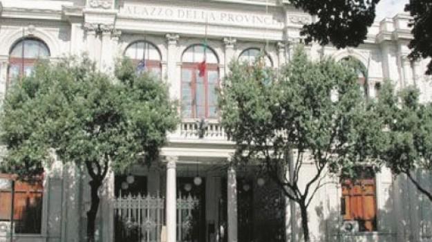 ex provincia messina, Messina, Economia