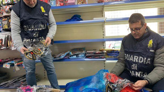 articoli carnevale sequestrati acireale, articoli di carnevale sequestrati, Catania, Cronaca