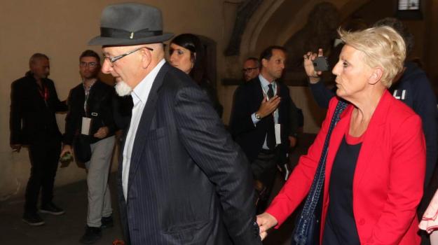 Arresto genitori renzi, Matteo Renzi, tiziano renzi, Sicilia, Politica