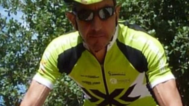 avvocato ciclista muore, infarto avvocato di lercara friddi, muore avvocato di lercara friddi, Maurizio Calì, Sicilia, Cronaca