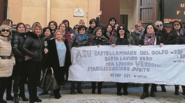 protesta Castellammare, sciopero lavoratori, stabilizzazione precari Asu, Trapani, Economia