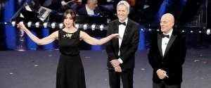 Sanremo, la classifica parziale dopo la seconda serata. Promossi ospiti e conduttori