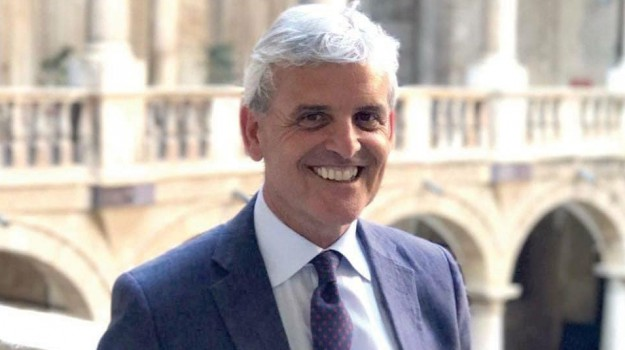 Stefano Pellegrino, Trapani, Politica