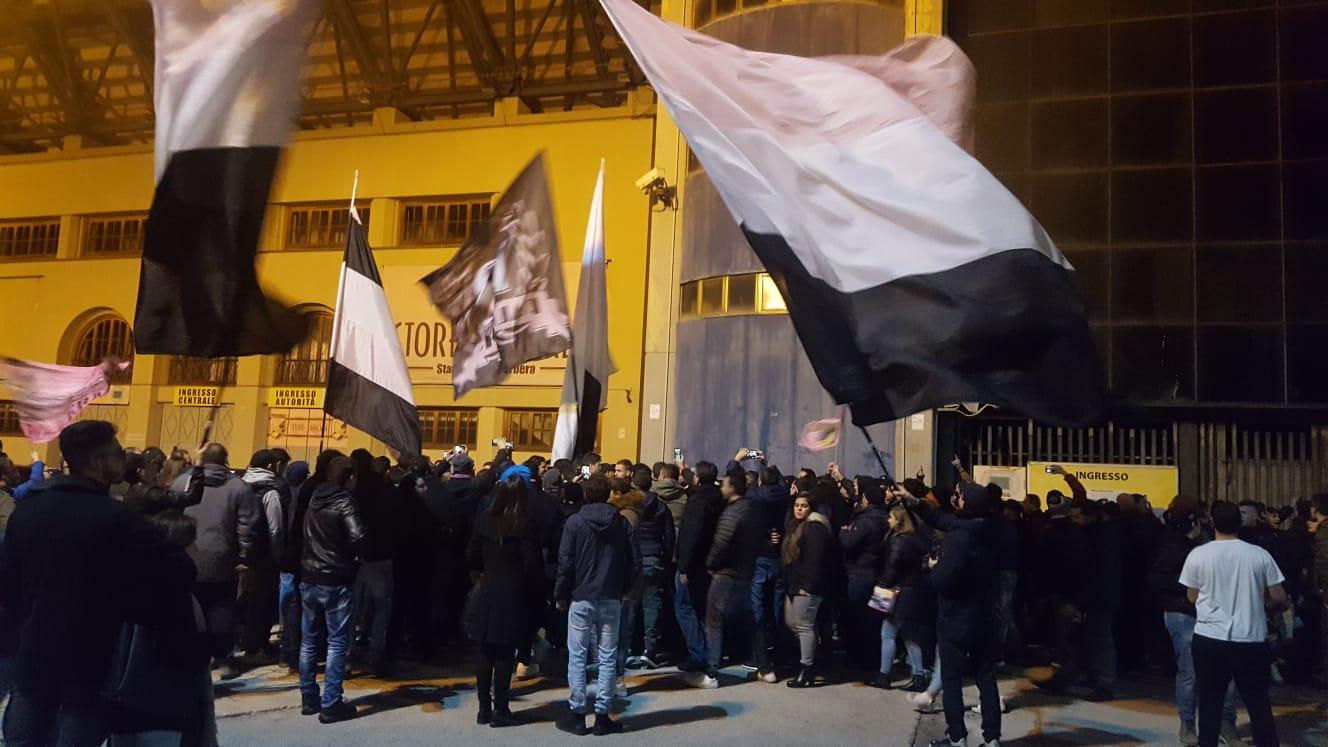 Palermo calcio, l'addio di Facile e il suo ultimo messaggio a Follieri
