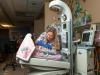 Nata molto prematura pesava 567 grammi,  a 34 anni oggi lavora nel reparto che lha salvata