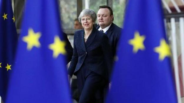 brexit, no deal, Theresa May, Sicilia, Mondo