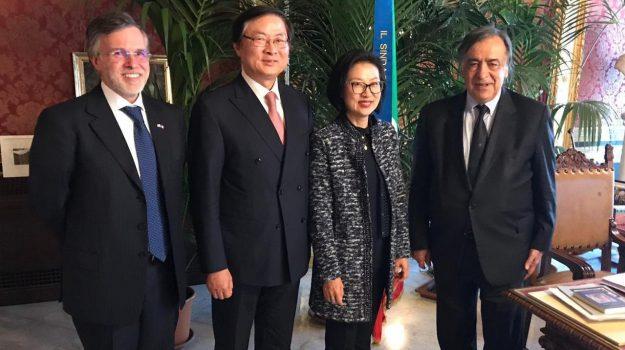 Ambasciatore della Repubblica di Corea, Jong-hyun Choi, Leoluca Orlando, Palermo, Politica