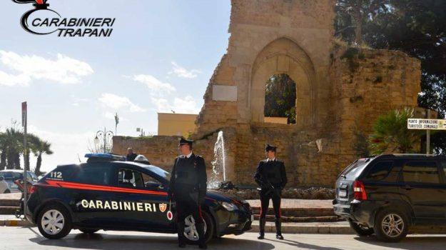 carabinieri, Maltrattamenti, Mazara del Vallo, Trapani, Cronaca