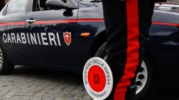 auto bruciata, intimidazione, Gaetano Scariolo, Siracusa, Cronaca